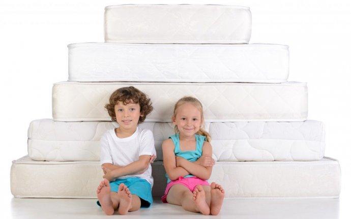 Как выбрать детский матрас для ребенка, какой лучше