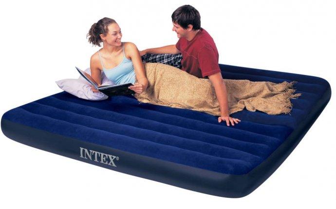 Как выбрать надувной матрас - полезные советы для отдыхающих