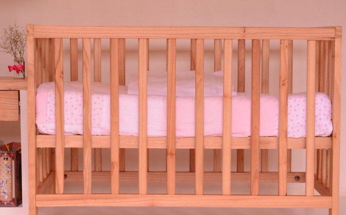 Какой выбрать матрас в детскую кроватку